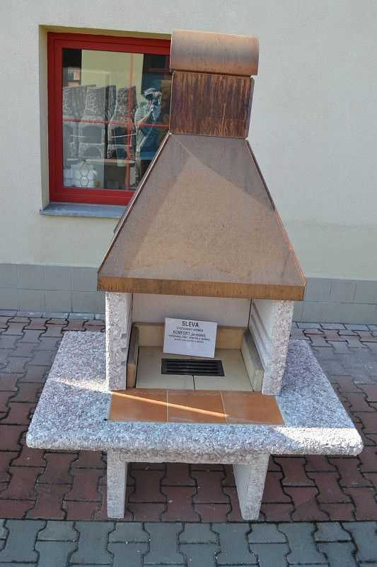Zahradní krb KOMFORT s měděnou střechou - vystavený