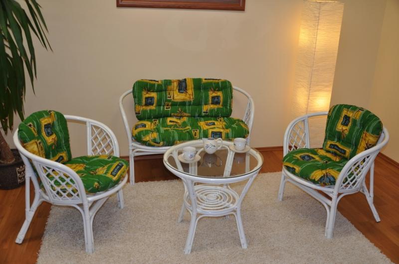 Ratanová sedací souprava Bahama velká bílá, polstr zelený SLEVA 7 % | RYCHLÉ DODÁNÍ
