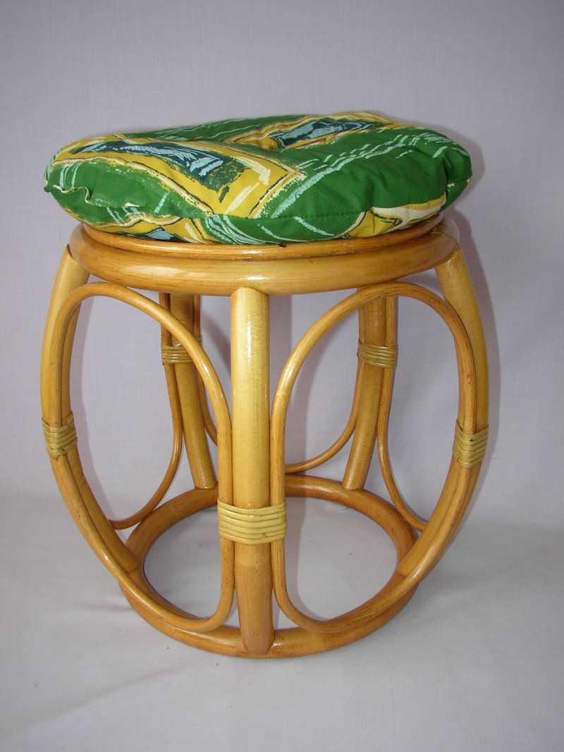 Ratanová taburetka široká medová s polstrem zeleným | RYCHLÉ DODÁNÍ