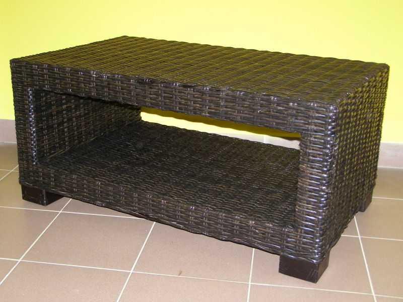 ratanový stolek CARMONA