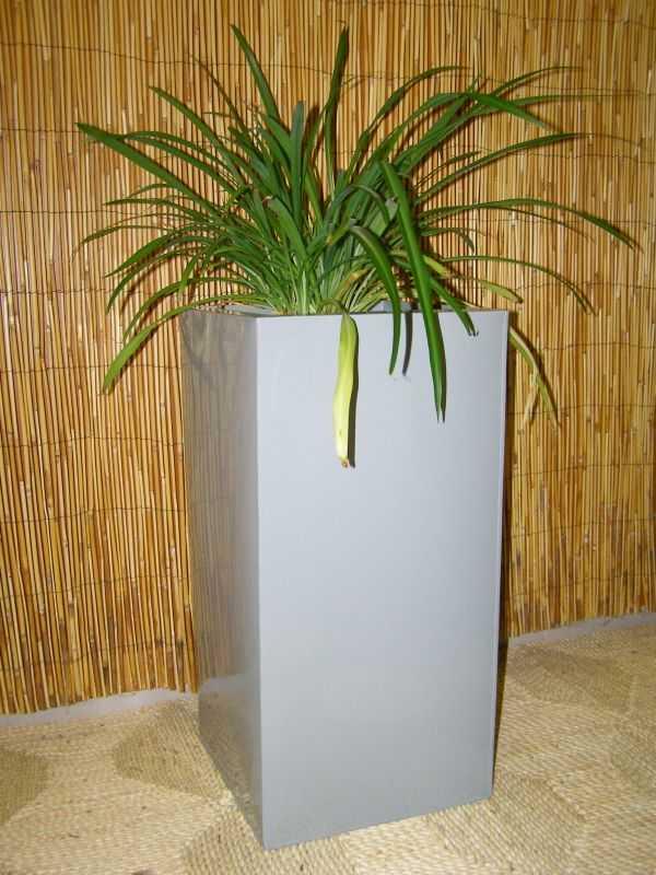 zinkový květináč - šedý