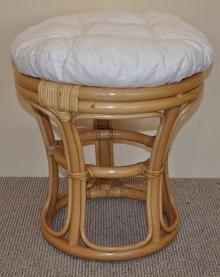 Ratanová taburetka medová polstr bílý